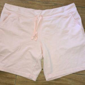 Danskin Now pink shorts size XL(16-18)